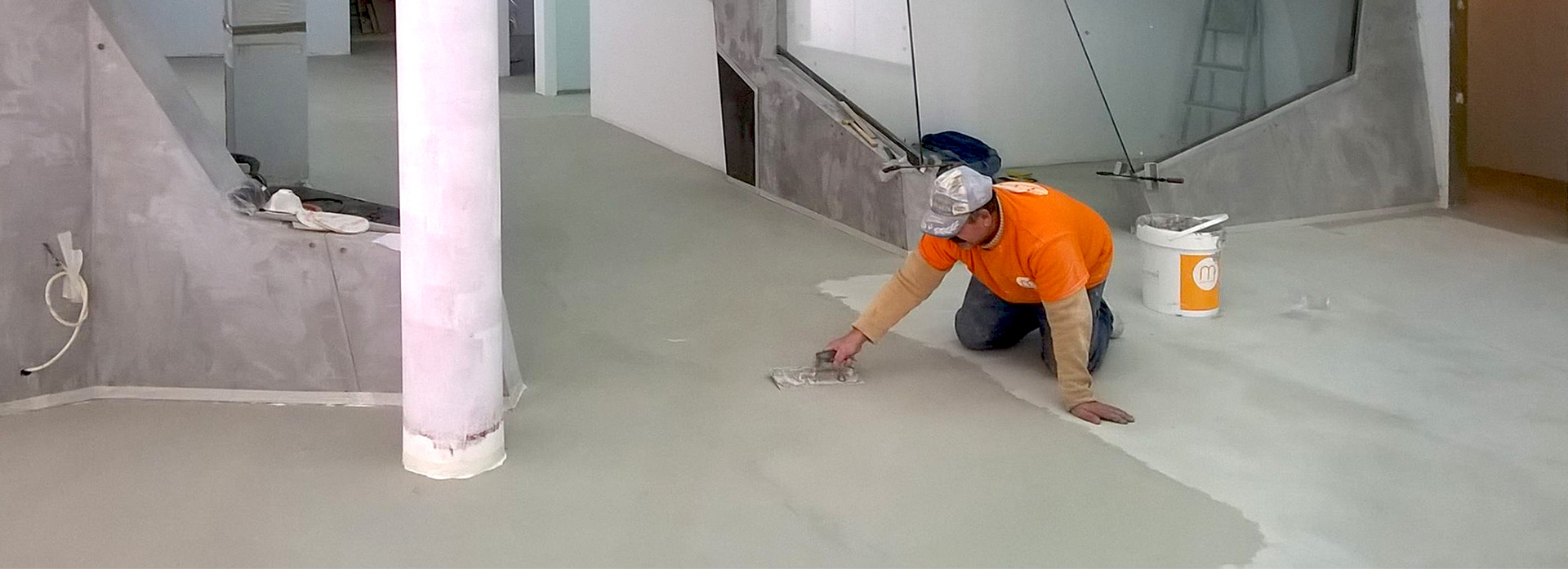 Microcement floors walls and kitchens in the algarve for Microtopping costi